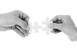 SNSのビジネス利用をお勧めする理由と使用する際の注意点を解説
